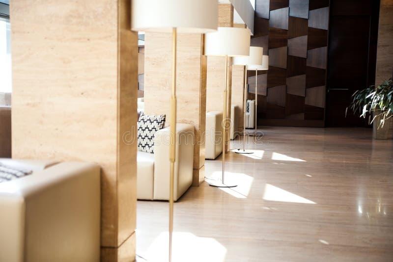30, 2017 30, 2017 lobby Área do conforto e de espera no Pa de Metropol foto de stock royalty free