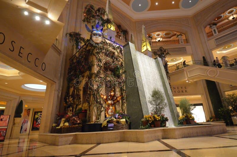 lobby byggnad, shoppinggalleria, inredesign, detaljhandel, balsal, turist- dragning arkivfoton