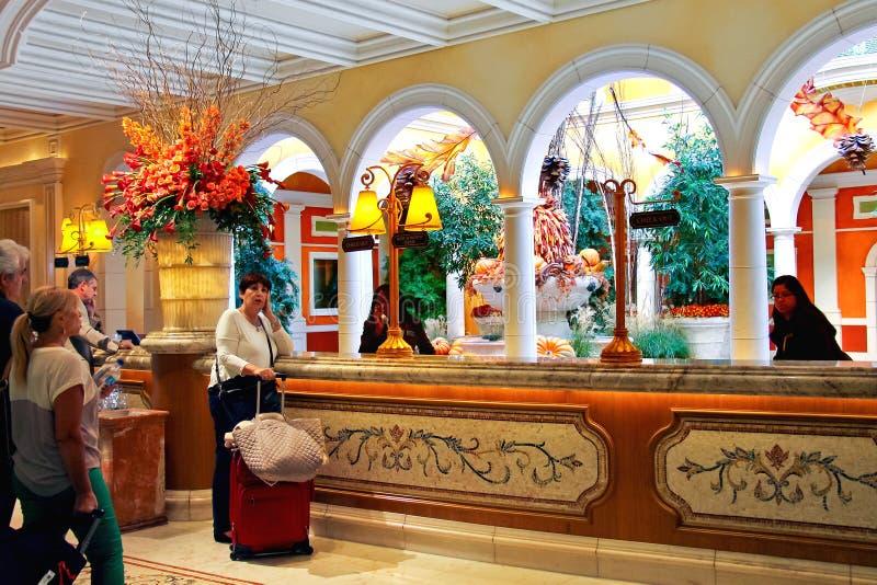 Lobby i det Bellagio hotellet i Las Vegas arkivfoto