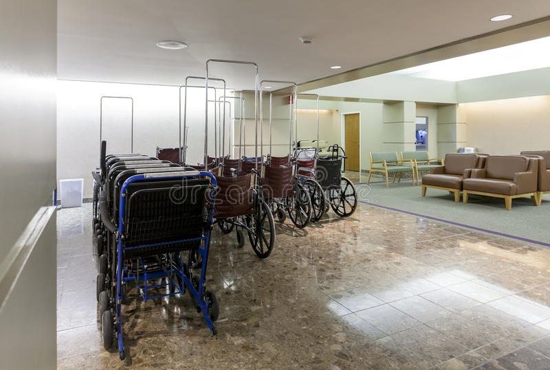 Lobby w nowożytnym szpitalu obrazy stock