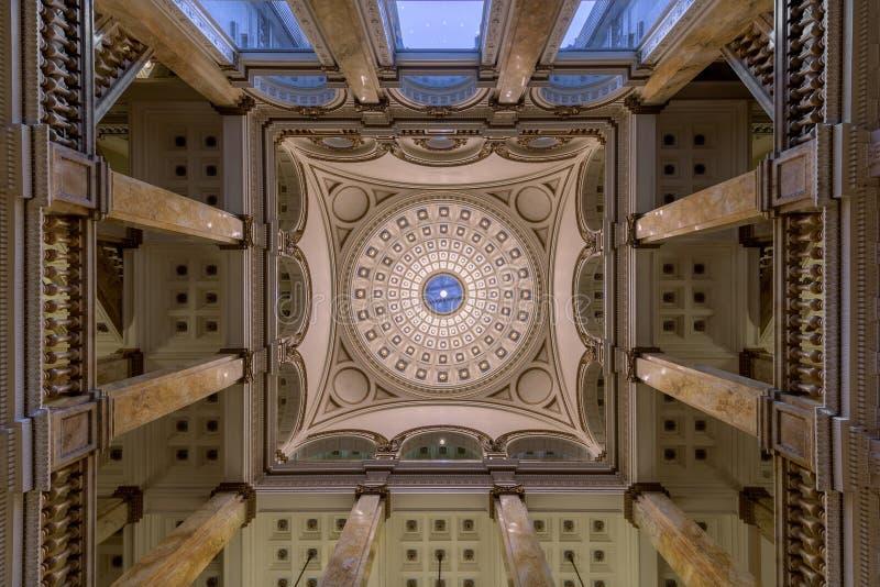Lobbydecke Milwaukee-öffentlicher Bibliothek stockfotografie