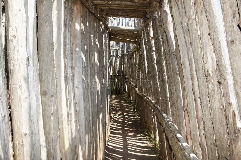 Local arqueológico de Tsiionhiakwatha Droulers - Quebeque - Canadá imagens de stock