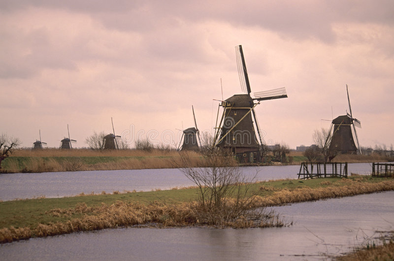 Local da herança do UNESCO - Kinderdijk foto de stock