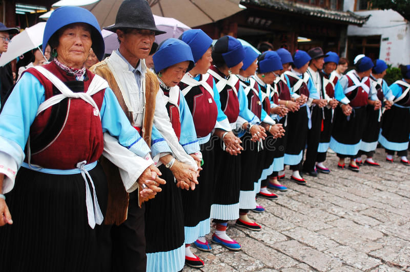Local dancers in Lijiang royalty free stock photos
