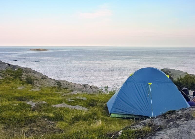 Local de acampamento de Lofoten imagem de stock