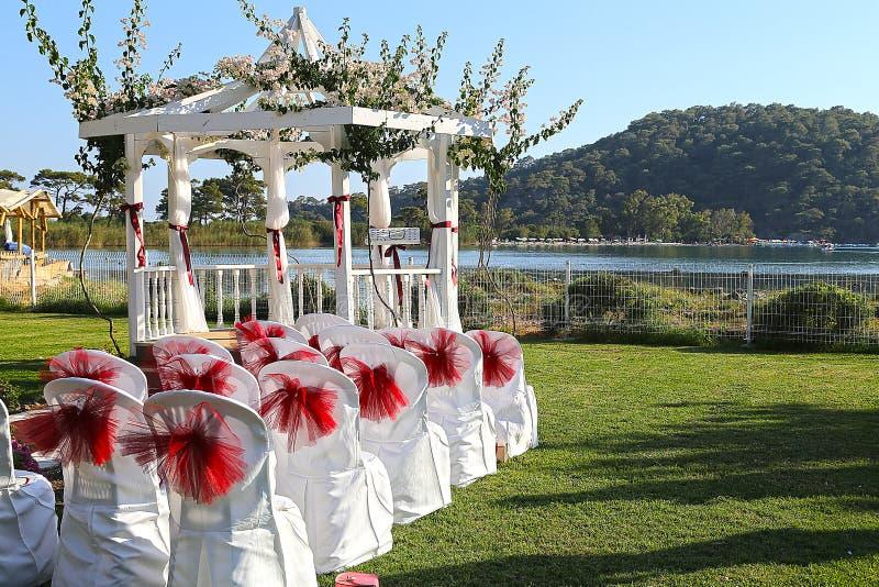 Local de encontro romântico do dia do casamento fotografia de stock royalty free