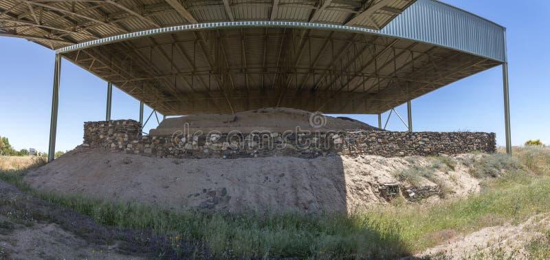 Local de Mata Tartessian do La Lado oeste com parede e trenc fortificados fotos de stock
