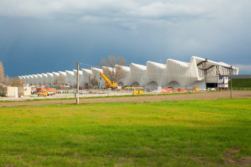 Local de trabalho de alta velocidade da estação projetado por Calatrava Reggio Emilia foto de stock