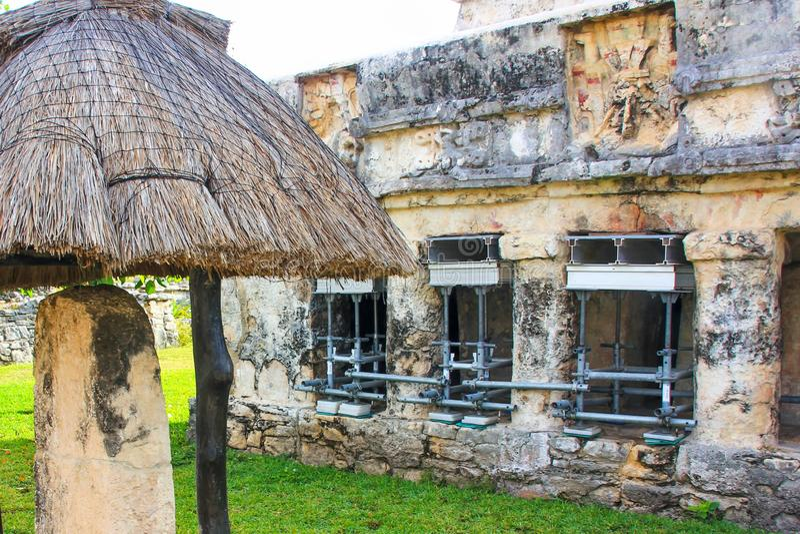 Local maia do patrimônio mundial do UNESCO das ruínas de México Quintana Roo Tulum imagens de stock royalty free