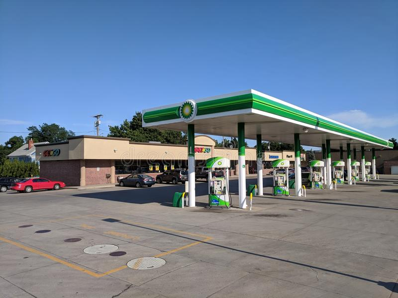 Get n' Go Fuel & Convenience Store. Local Sioux Falls fueling station and convenience store open 24 hours per day in downtown Sioux Falls, South Dakota stock images