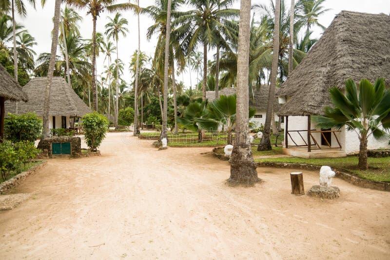 Località Di Soggiorno Del Bungalow A Zanzibar Immagine Stock ...
