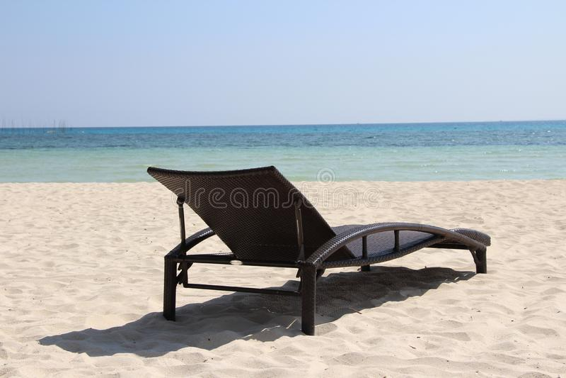 Località di soggiorno, mare, vacanza, isola, sabbia, acqua, isola esotica, buon tempo, grande vista, spiaggia fotografia stock libera da diritti