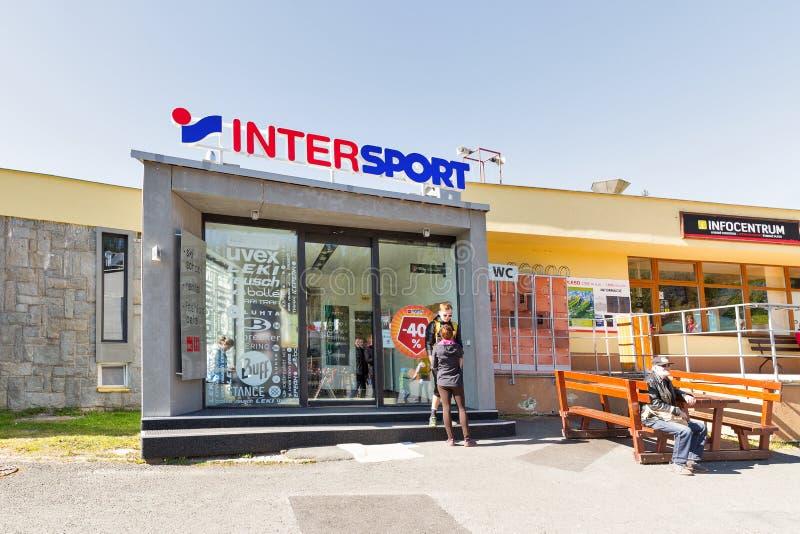 Località Di Soggiorno Di Montagna Infocentrum Lago Strbske In ...