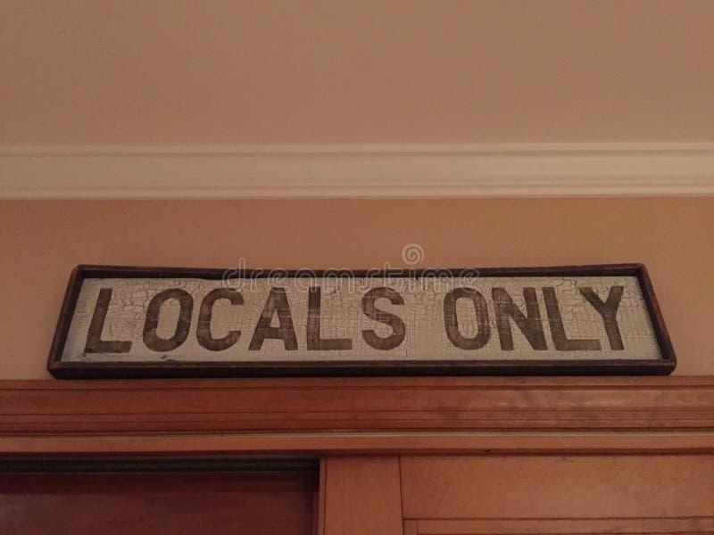 Locals solamente fotos de archivo