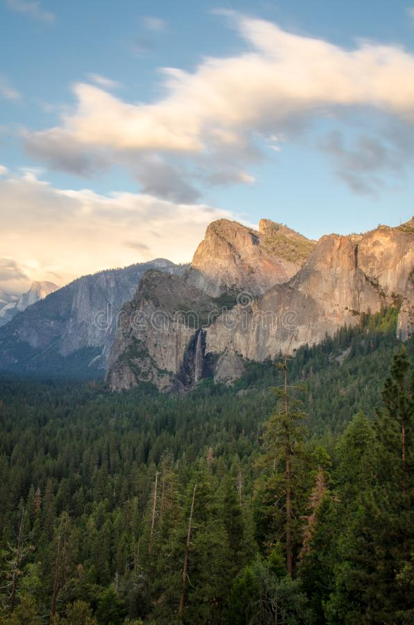 Daytime long exposure of Tunnel View in Yosemiten National Park stock photo