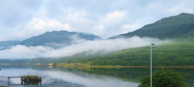 Loch lang stockfotos