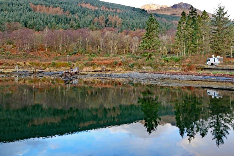 Loch lang, Schottland stockfotos