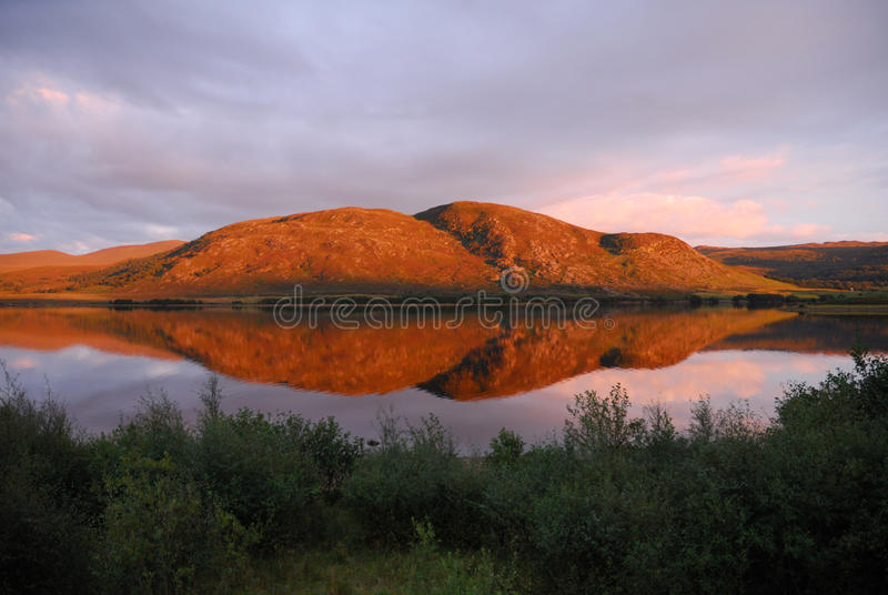 Loch Mhor imagens de stock royalty free