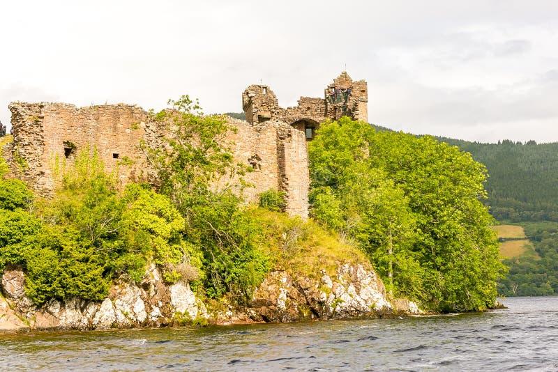Loch Ness in somber weer, Schotland stock afbeelding