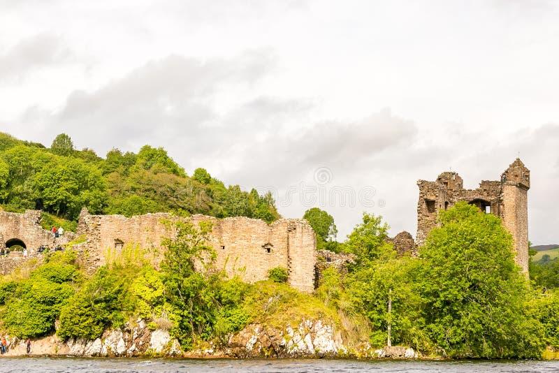 Loch Ness in somber weer, Schotland royalty-vrije stock afbeeldingen