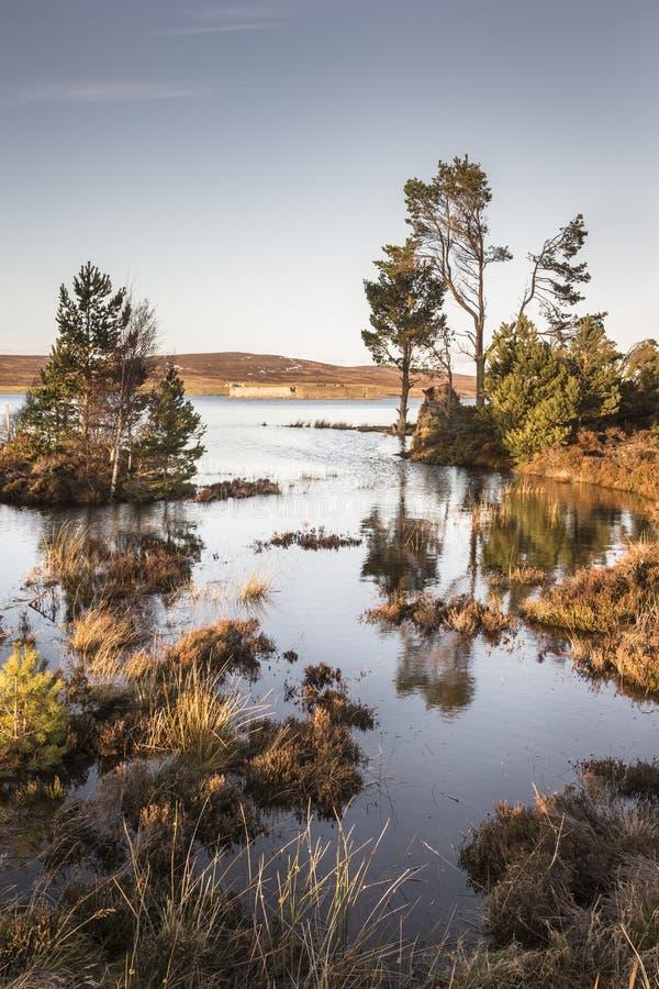 Lochindorb bei Dava machen in Schottland fest stockbilder