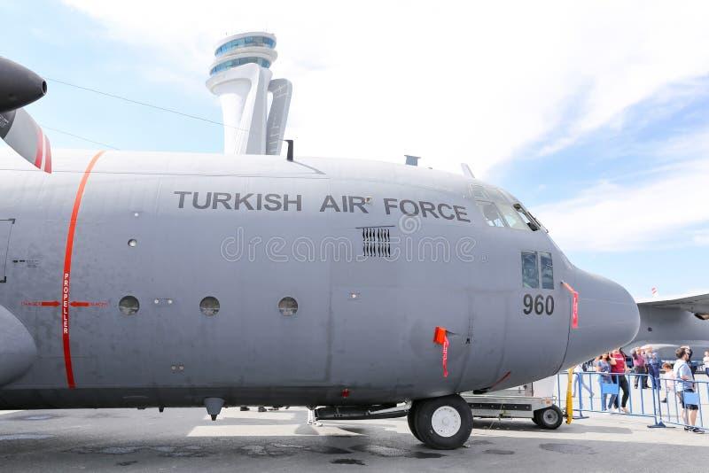 Lockheed c-130 Hercules in Teknofest Istanboel royalty-vrije stock afbeelding