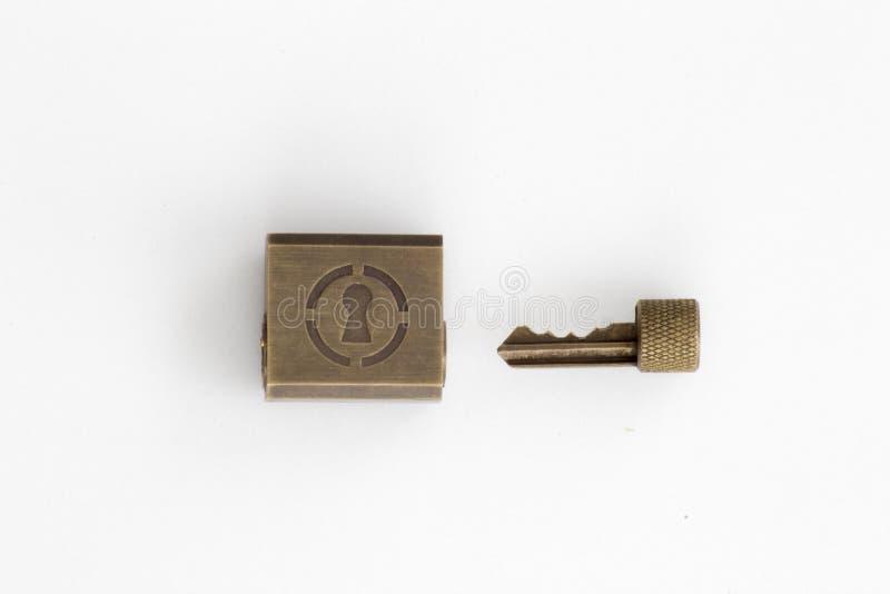 lockpicking和锁匠的实践挂锁 免版税库存照片