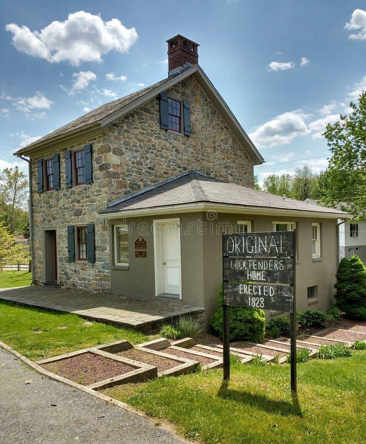 Locktender dom przy kędziorkiem -23, Walnutport, Pennsylwania, usa obraz royalty free
