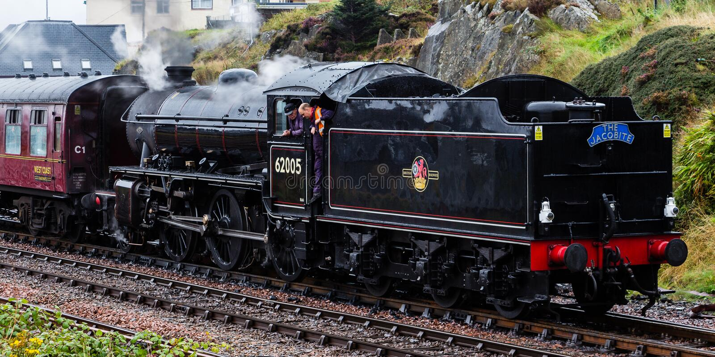 A locomotiva de vapor Mallaig de partida de Jacobite fotografia de stock
