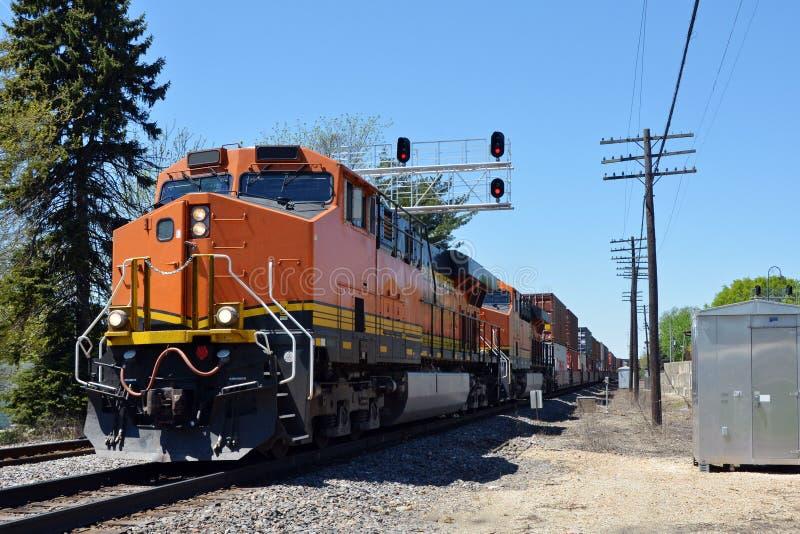 Locomotiva do trem de mercadorias imagens de stock royalty free