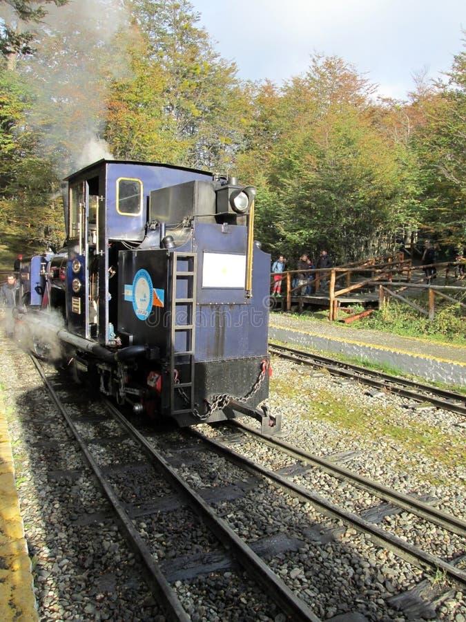 Locomotiva velha do trem da extremidade do mundo fotos de stock royalty free