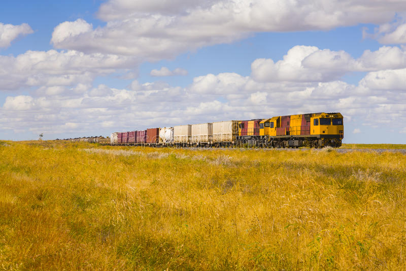 Locomotivas de diesel do interior de Queensland imagens de stock