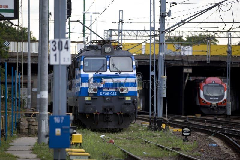 Download Locomotive électrique Polonaise EP09 Photo éditorial - Image du rouge, glace: 45350506