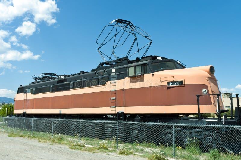 Locomotive orange et noire photographie stock libre de droits