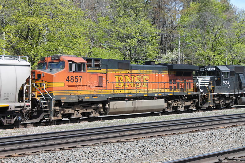 Locomotora 4857 del ferrocarril de BNSF fotos de archivo libres de regalías