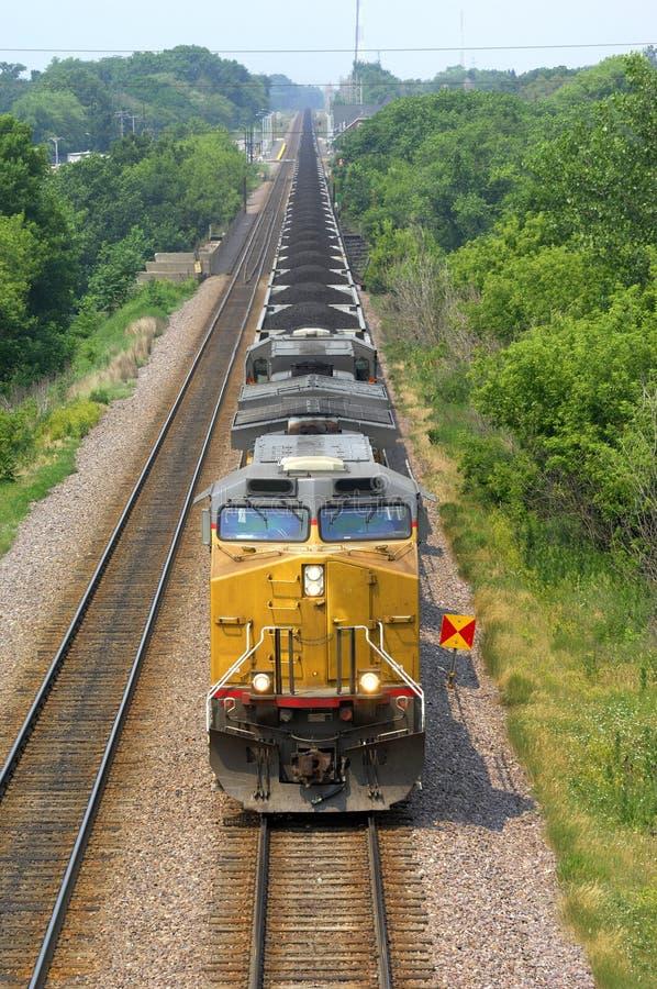Locomotora del tren del carbón fotografía de archivo libre de regalías