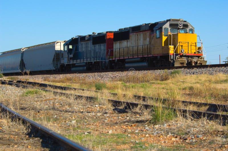 Locomotora doble del motor - tren imágenes de archivo libres de regalías