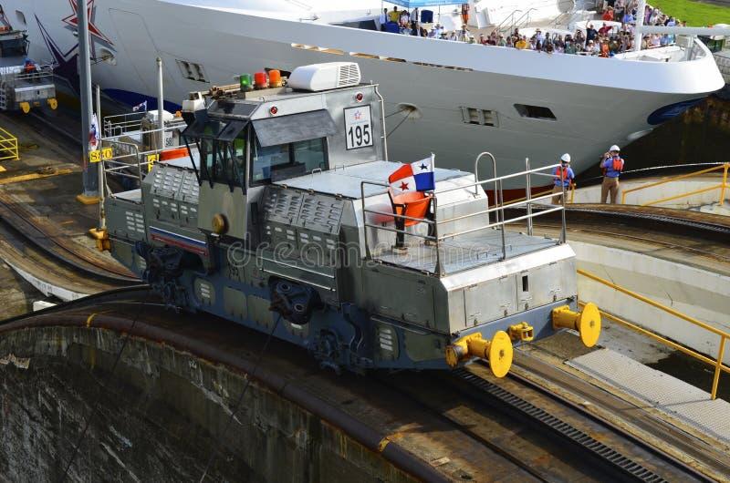 Locomotora eléctrica del Canal de Panamá imagenes de archivo