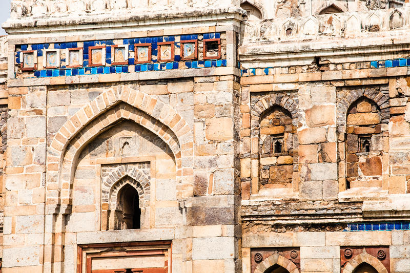 Lodi ogródy. Ustawiający w kształtujących teren ogródach. islamski grobowiec Seesh Gumbad i Bara Gumbad () 15 wiek reklama. New De fotografia royalty free