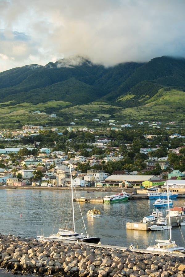 Lodlinje som skjutas av Basseterre, St Kitts royaltyfria bilder