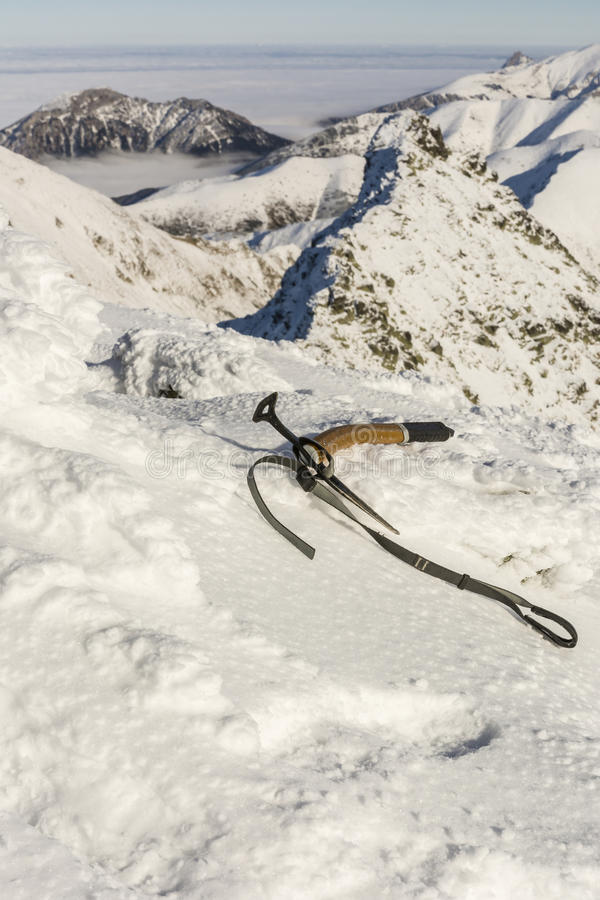 Lodowa cioska w śniegu zdjęcie royalty free