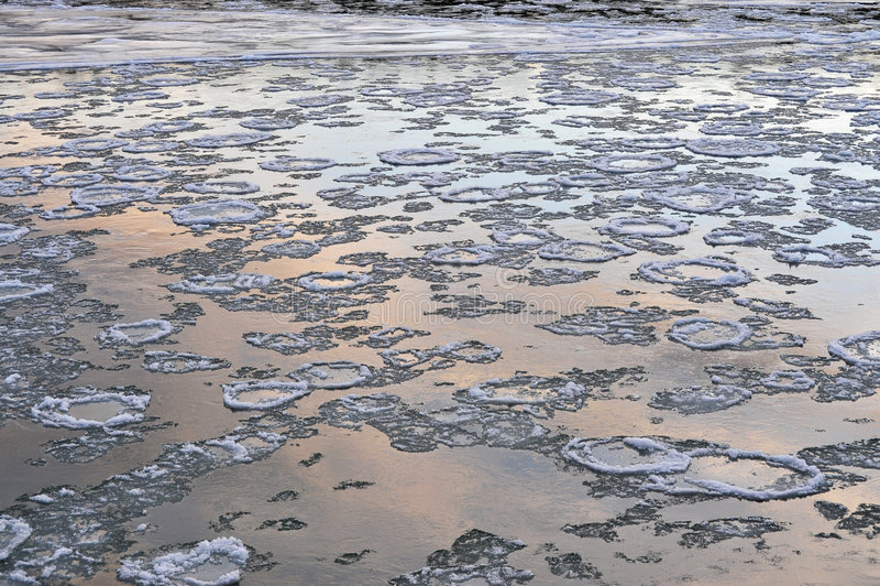 lodowa rzeka zdjęcia royalty free