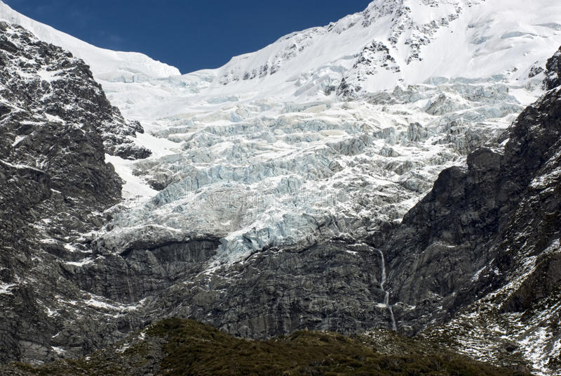 Lodowiec na niewygładzonym pasmie górskim, góra Kucbarski park narodowy, Nowa Zelandia zdjęcie stock