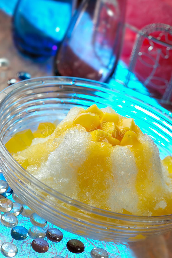 lodowy deseru mango obrazy royalty free