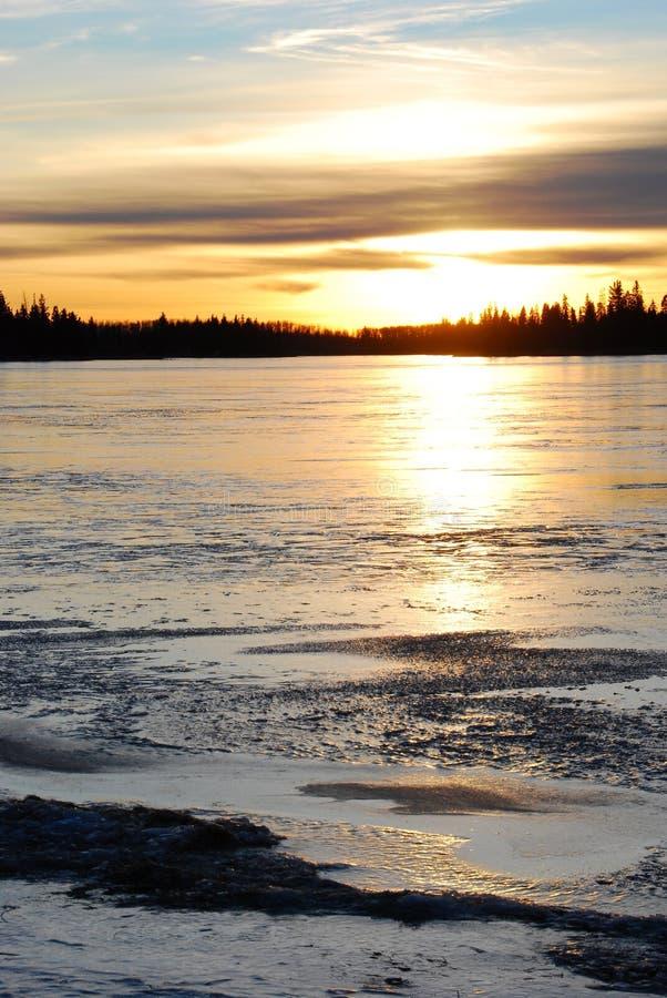 lodowy jeziorny zmierzch zdjęcia stock