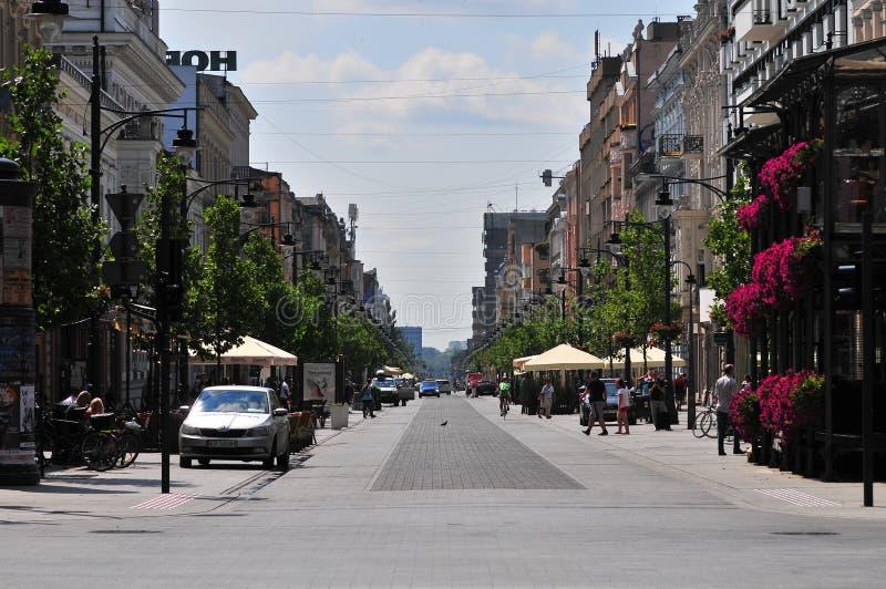Lodz, Polen, Juli 2018 Beroemde Piotrkowska-straat stock afbeelding