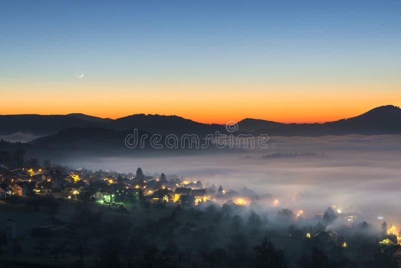 Loffenau, mgła, krajobraz zdjęcia stock