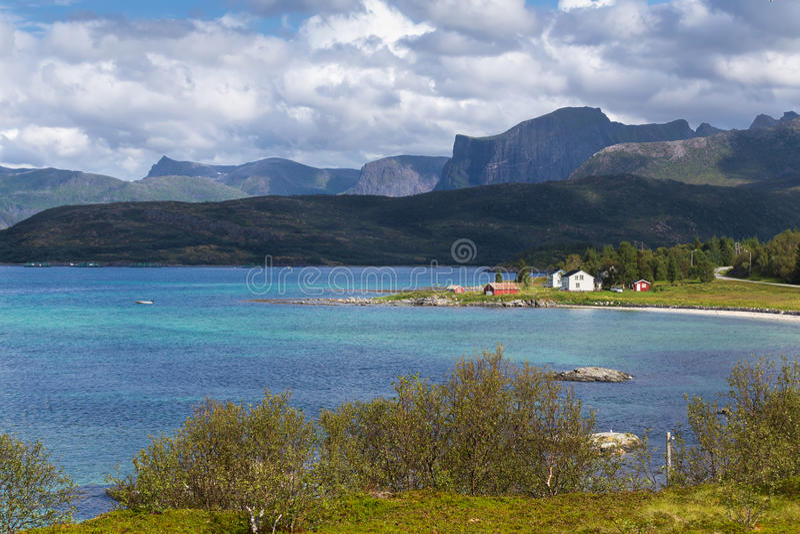 Lofoten海岛美好的夏天白天视图  免版税库存图片