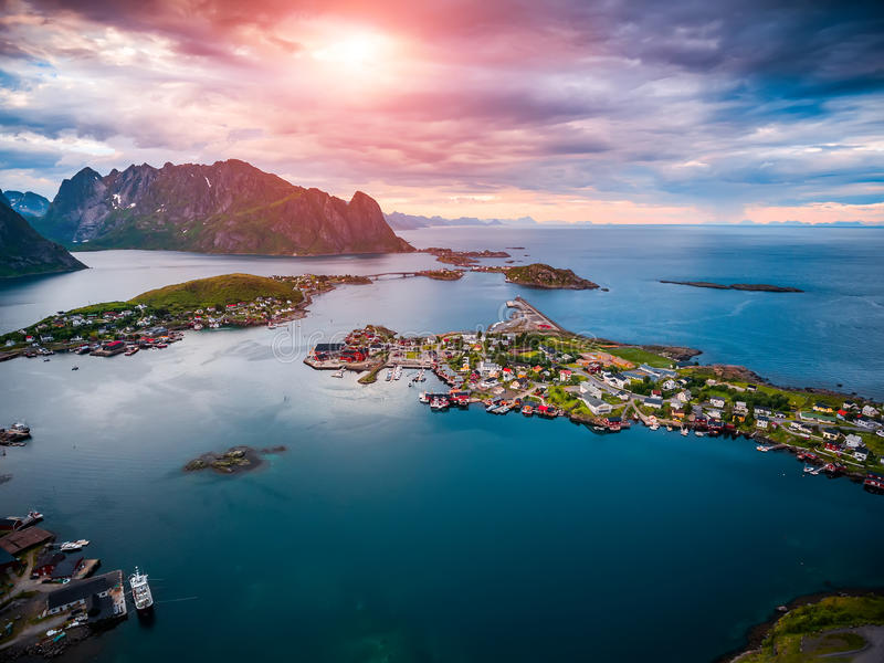 Lofoten-Archipel-Inselluftbildfotografie lizenzfreie stockfotografie