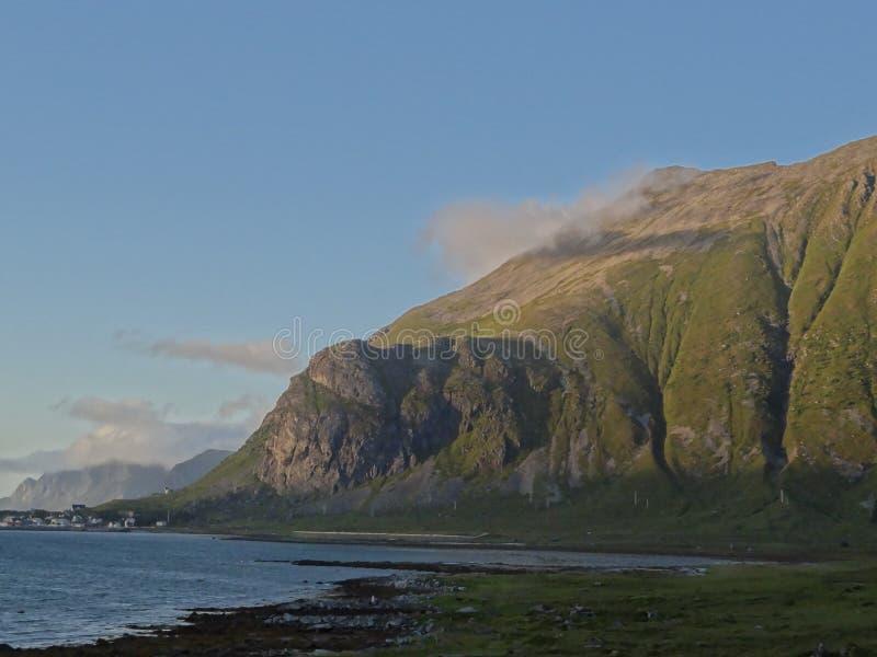 Lofoten Inseln, Norwegen Das norwegische Meer lizenzfreie stockbilder
